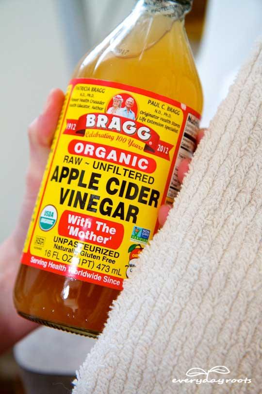 apple cider vinegar compress
