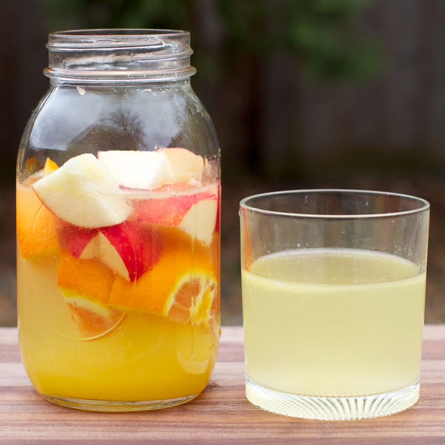 apple and orange detox water