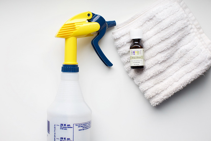 how to make a tea tree cleaner