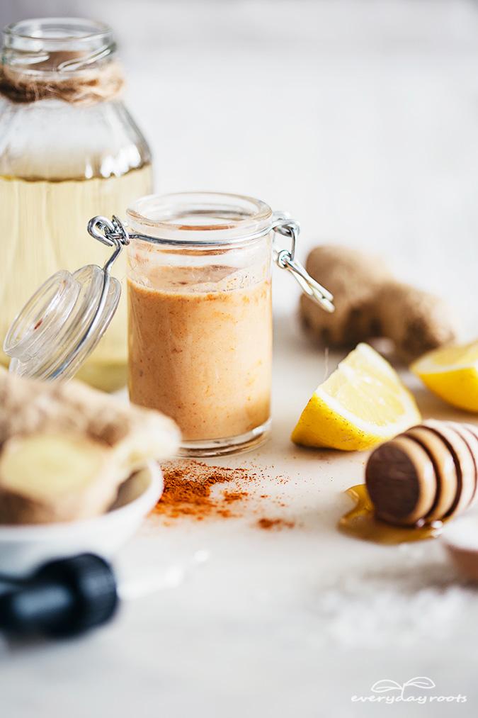 ¡Estos son excelentes remedios simples y naturales para deshacerse de una nariz tapada! Incluyendo un descongestivo de sidra picante casero, gotas de solución salina diy y más.